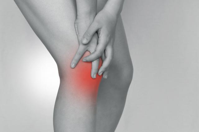 膝が伸びない、歩くと膝の内側が痛い人!学芸大学 conditioningアシストで改善!